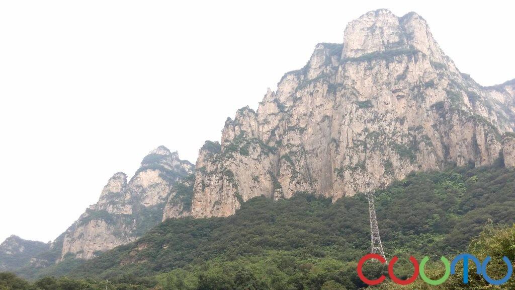 云台山绝壁
